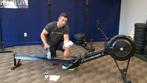 how to maintain a rowing machine