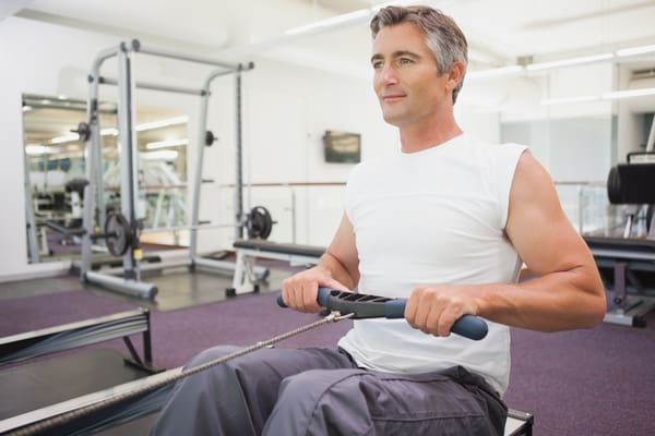 how to avoid back pain when rowing