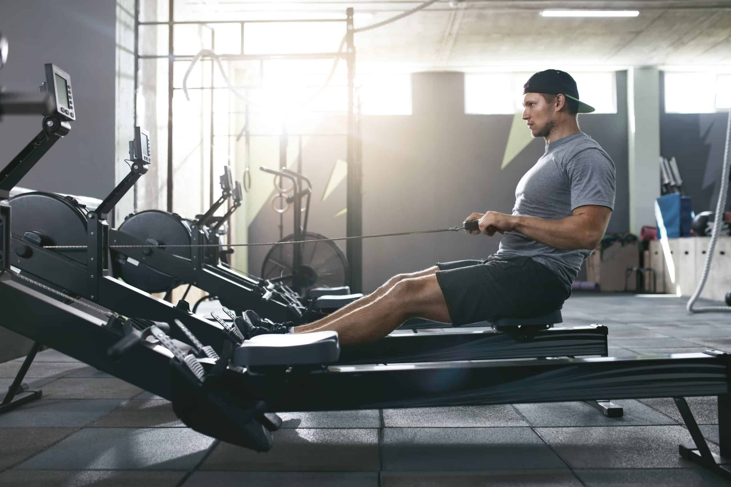Can you get hip pain from rowing?